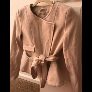 H&M NEW Cream fitted Jacket.